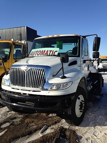 2009 IHC 4400 AUTOMATIC S/A TRACTOR