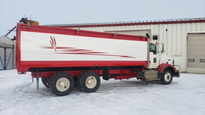 Image #1 (2009 KENWORTH T800 T/A GRAIN TRUCK)